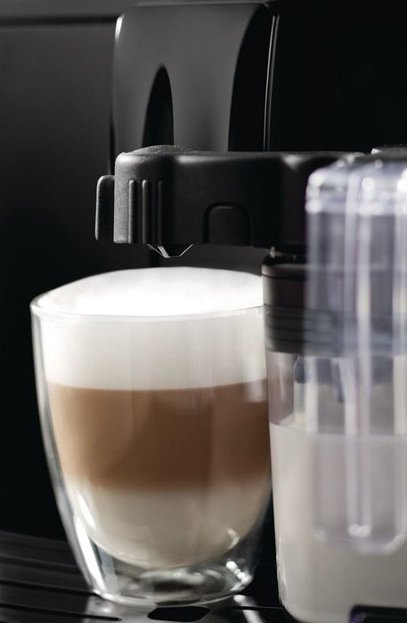 Philips-Saeco Intelia One Touch Cappuccino Machiato